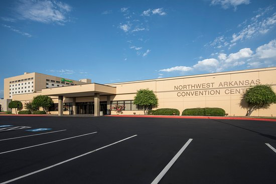 Springdale, AR: Convention Center and Hotel