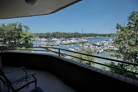 Solomons, MD: Water View Suite
