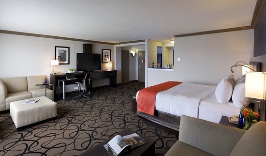 Somerville, MA: A second view of our newly renovated Suite for ultimate comfort