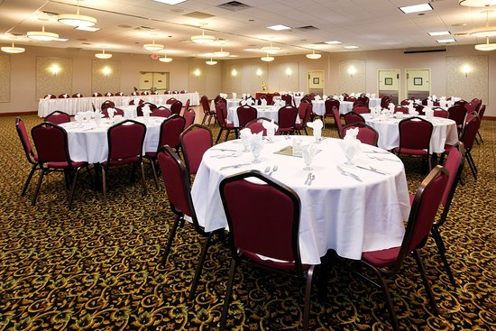Detroit Lakes, MN: Banquet & meeting spaces for 5 to 350 people