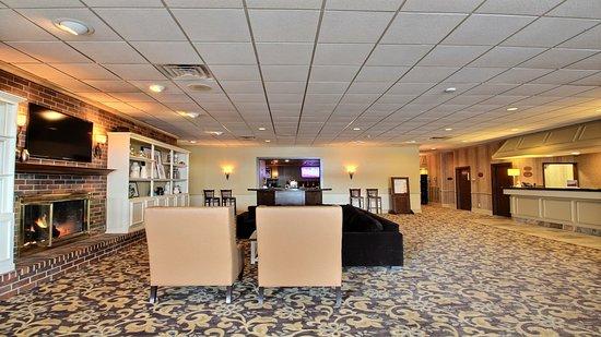 Holiday Inn Fond Du Lac : Hotel Lobby