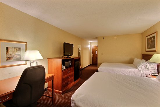 Fond du Lac, WI: Double Bed