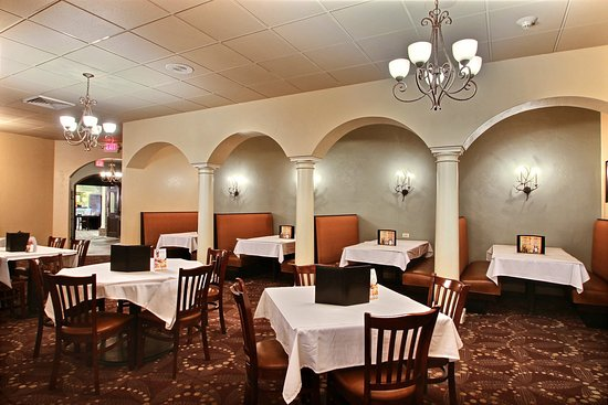 Fond du Lac, WI: Dining Room