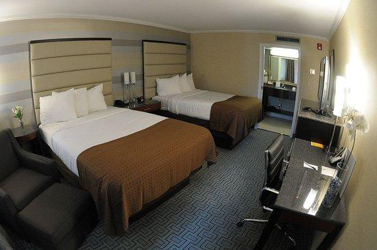 Plainview, Nova York: Comfortable, Clean Crisp - Double Bed Guest Room