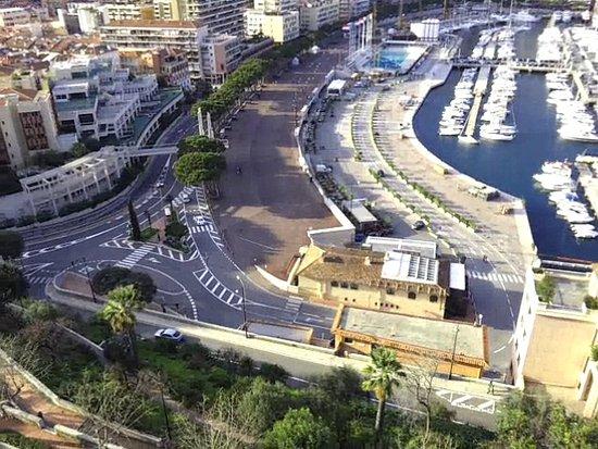 Circuito Monaco : Parte del circuito visto desde le rocher picture of