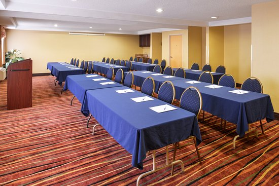 Oswego, IL: Meeting Room
