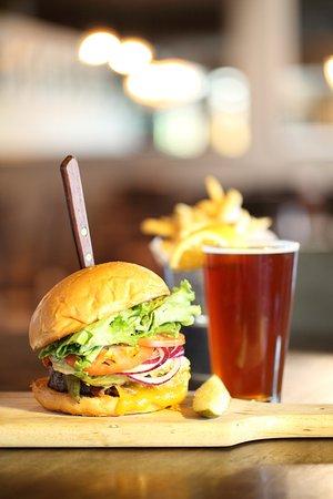Casa Grande, AZ: Burger And Beer