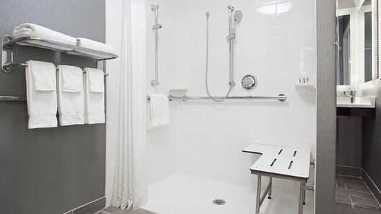 Weirton, WV: Modern and updated roll in accessible shower with Two Beds