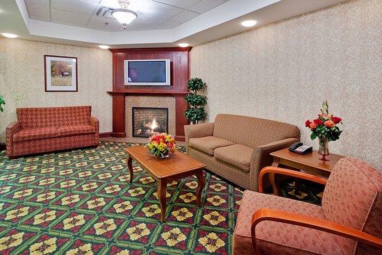 New Milford, PA: Hotel Lobby