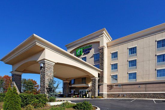 Cookeville, TN: Hotel Exterior