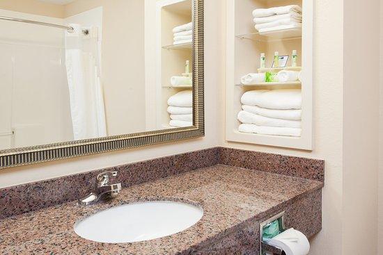 Douglas, GA: Standard Bathroom vanity