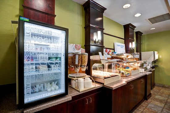 Christiansburg, VA: Our breakfast bar has everything you need to start your day right