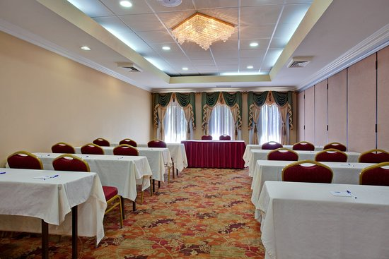 Moreno Valley, Kalifornia: Conference Room Set up - perfect for your next meeting
