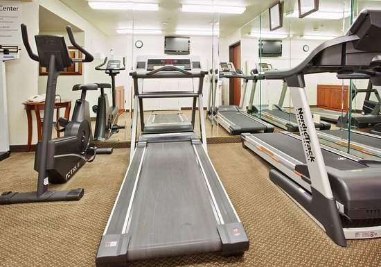 Fitness Center Holiday Inn Express-West Sacramento