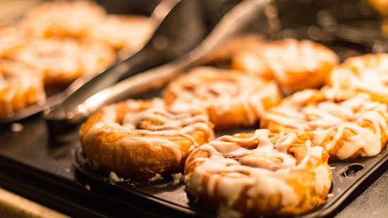 Grass Valley, CA: We offer hot cinnamon rolls with our daily free breakfast.
