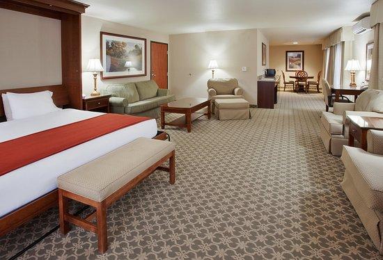 Grass Valley Hotel, Suite