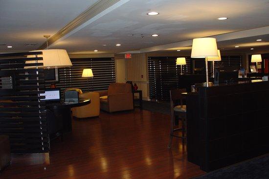 Wakefield, MA: Lounge Area