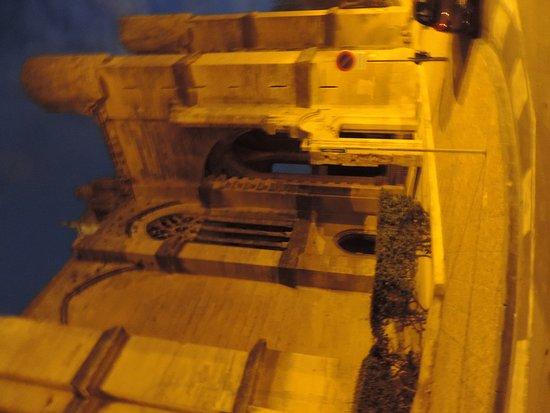 Narbonne, Frankrijk: Basilica