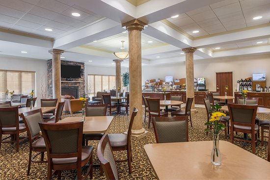 Webster, NY: Our large Great Room is perfect for gathering with friends