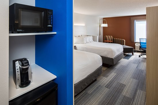 Holiday Inn Express Cedar Rapids (Collins Road)