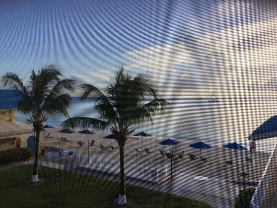 Cayman Reef Resort: photo0.jpg