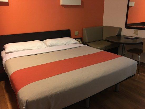 Motel 6 Napa Image
