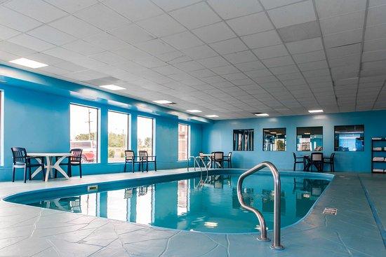 Hammond, IN: Pool