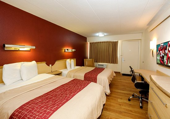 Red Roof Inn Chicago Lansing: 2 Full Beds