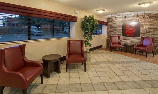 Rochester Hills, MI : Lobby