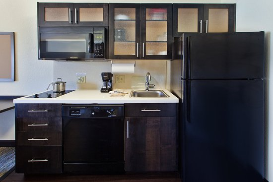 Somerset, NJ: Studio Kitchen