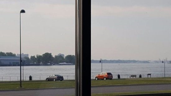 Port Huron, MI: View of the water