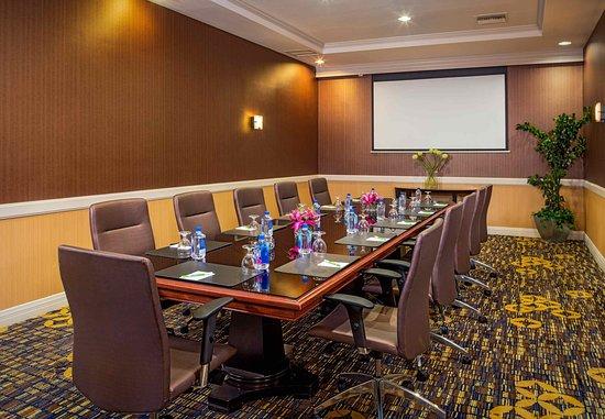 Monrovia, CA: Boardroom