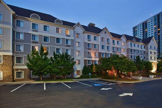 Dunwoody, جورجيا: Hotel Exterior