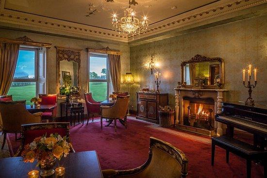 Bushypark, Ирландия: Ffrench Room - Glenlo Abbey Hotel Lounge