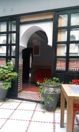 Riad d'Or Hotel: 20160717_190805_large.jpg