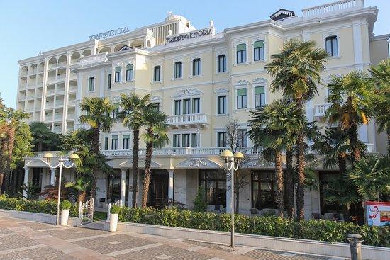 Αμπάνο Τέρμε, Ιταλία: Exterior at Grand Hotel Terme Trieste & Victoria
