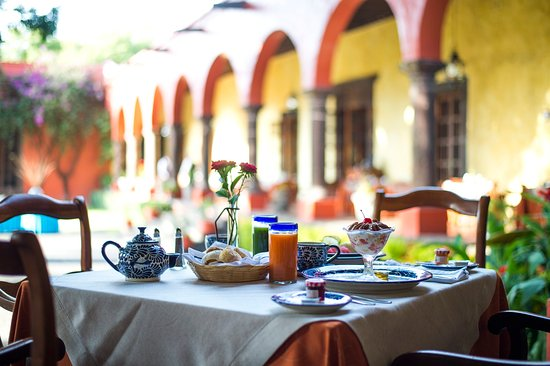 Fiesta Americana Hacienda Galindo: Breakfast