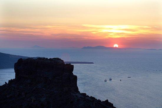 Honeymoon Petra Villas Santorini Reviews