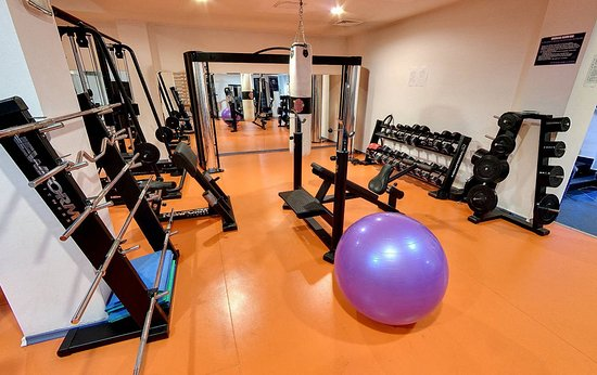 Crystal Palace Hotel: Fitness Center