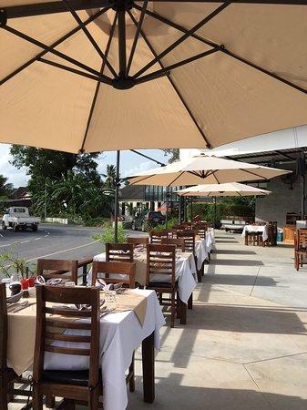 Totti Restaurant & Bar