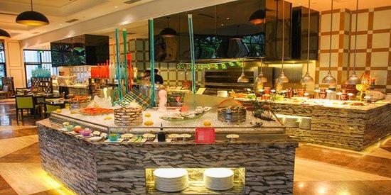 Zhengzhou, China: Palm Court Cafe