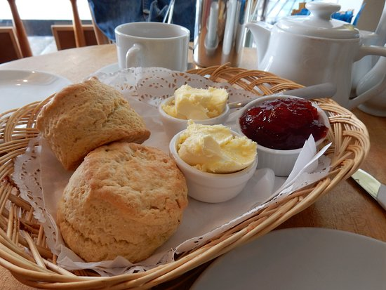 Mousehole, UK : Cream Tea