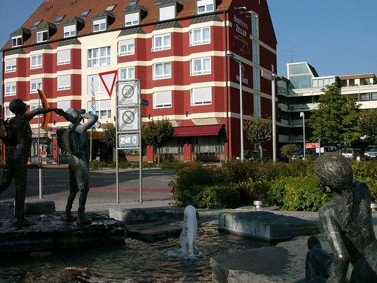Königsbrunn, Tyskland: Hotel Environment