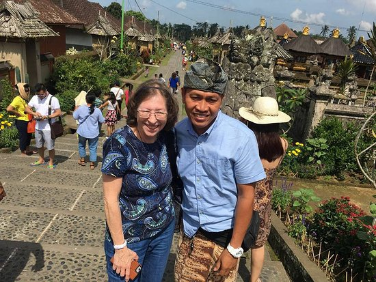 Byasa Bali Tour Package
