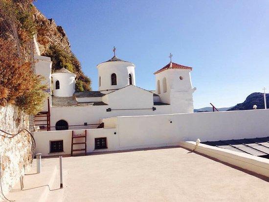 Μόνη Αγίου Γεωργίου Σκυριανού: Monastère St Georges au sommet de Skyros