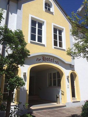 Schlosswirt Hotel