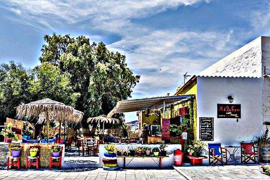 Μέλυδρον Cafe-Snack Bar- Syros,Poseidonia, Kikladhes!!!