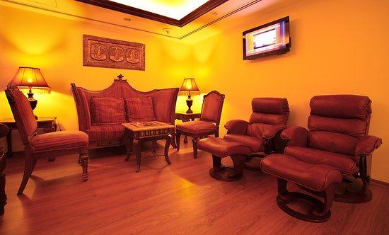 Arabian Courtyard Hotel & Spa: Arabian Courtyard WAITING LOUNGE
