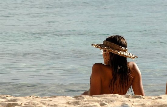 Harbour Village Beach Club: Relax At The Beach