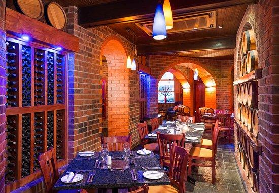Empangeni, Южная Африка: De Hoff Cellar Restaurant - Dining Area